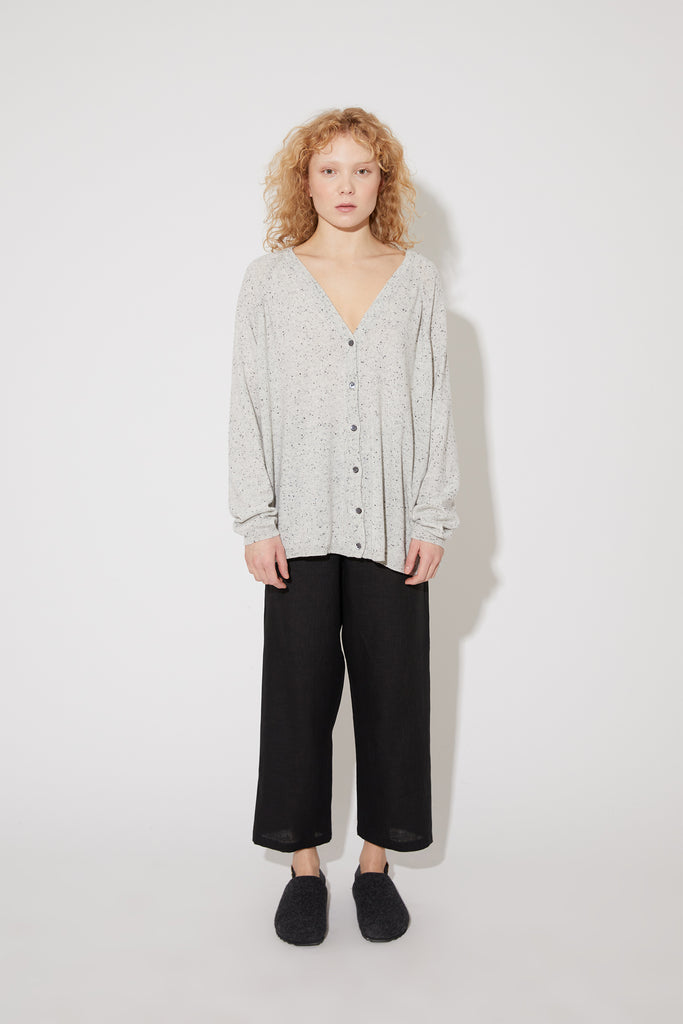 Jill cardigan in light dotted grey