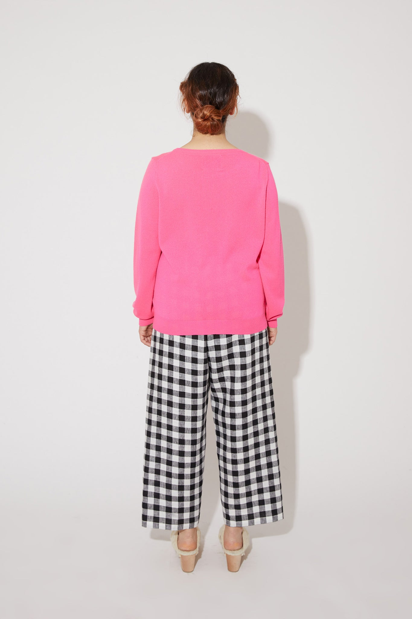 Laine cashmere sweater in vivid pink
