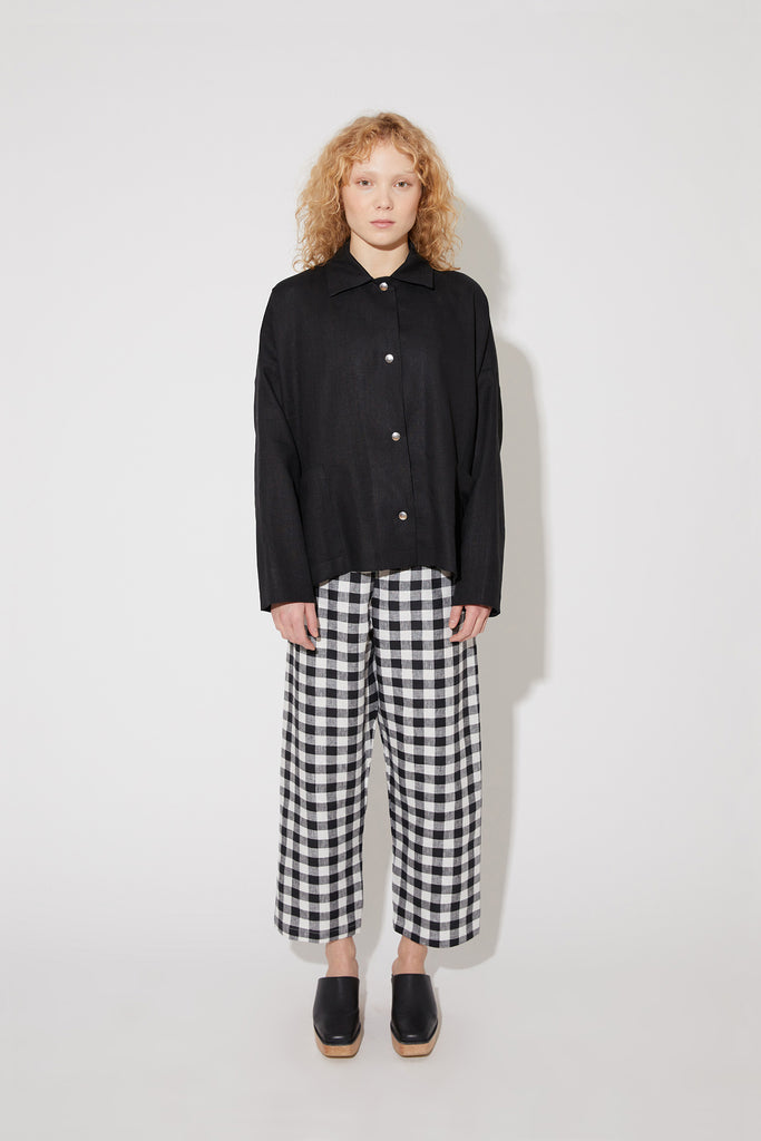 Tove jacket in black linen