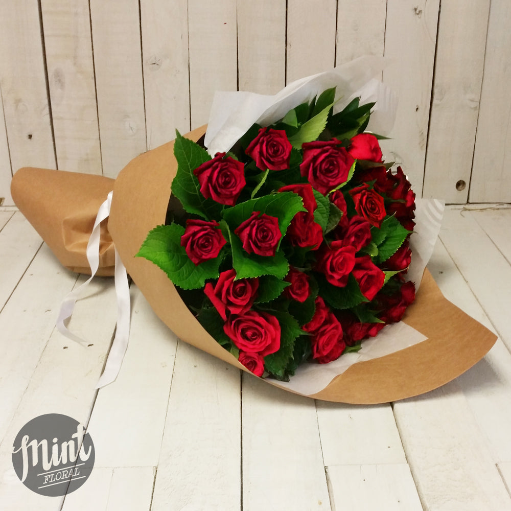 VALENTINES DAY FLOWERS - PREMIUM NZ GROWN RED ROSES