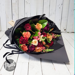 Plum Pudding Bouquet