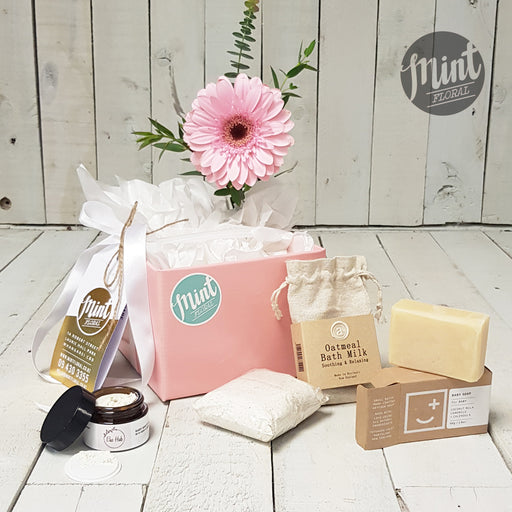 Newborn Natural Baby Girl Gift Box