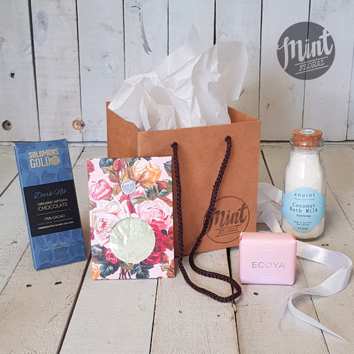 Relaxing Ritual Spa Gift Bag