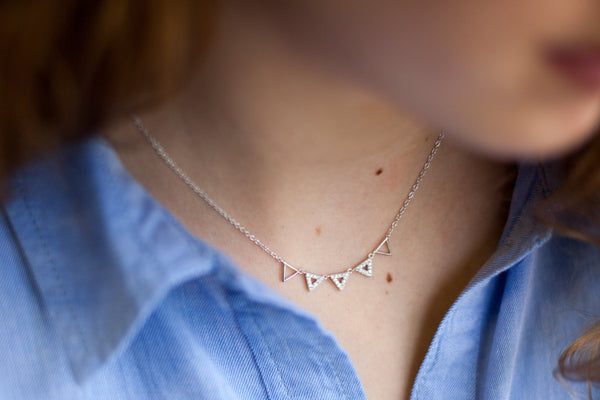 Collier 5 triangles en argent
