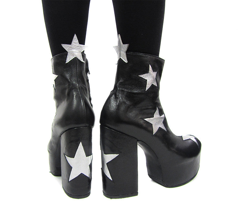 Hand made 5 star black boot