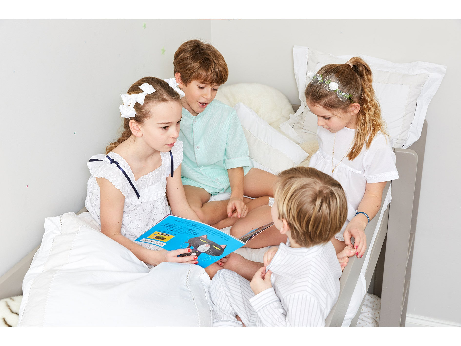 My little Shop favorite activities for the best sleepover