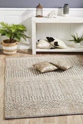 MODERN Levi Sylvia Natural Grey Floor Rug