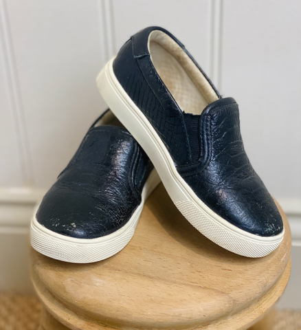 AKID Black Slip-on Trainers
