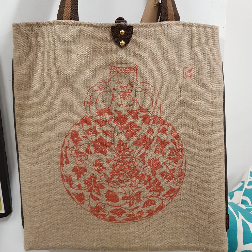 Tote 16x17 Jute Linen with Leather Closure