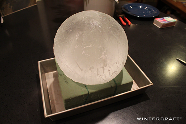 Use Globe Ice Lantern as Guide for Flower Placement in Centerpiece Wintercraft