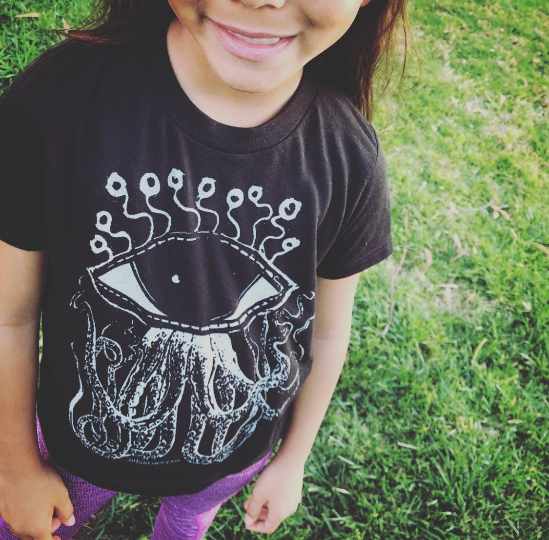 """The Urban Octopus"" Kids super soft-Blend Tee"
