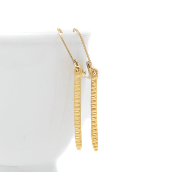 Minimalist Gold Hammered Bar Earrings - Versatile Jewelry For Woman - Jacaranda