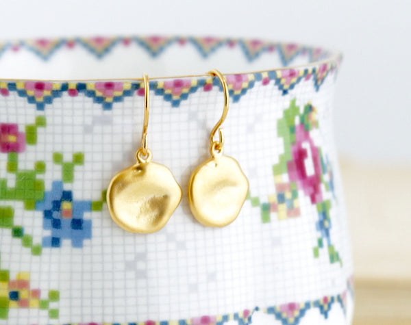 Dainty Gold Disc Earrings - Jacaranda
