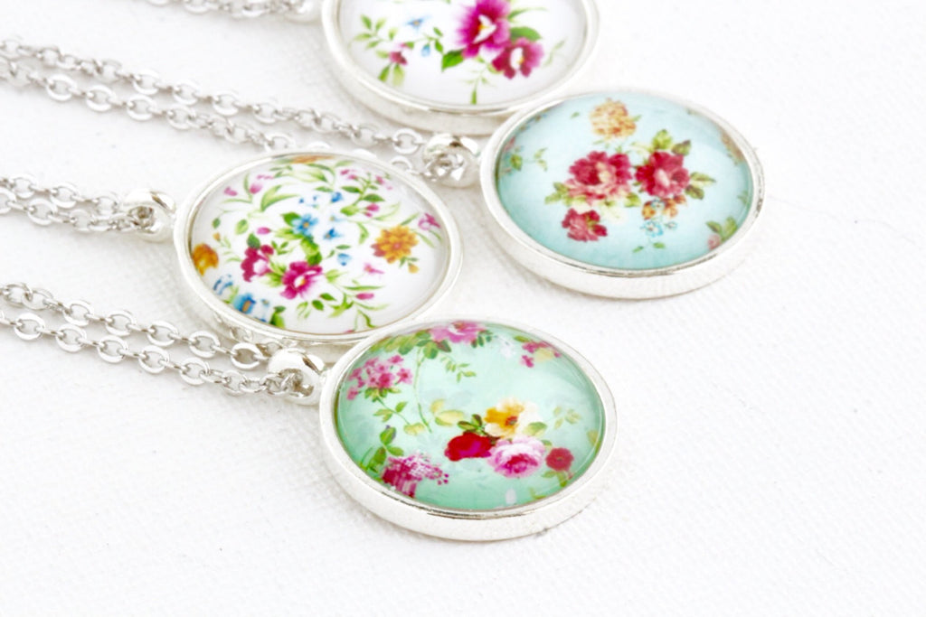 Sweet Necklace - Floral Jewelry - Flower Pendant - Shabby Chic Style - Feminine Necklace - Silver Necklace - Pretty Jewelry - Jacaranda