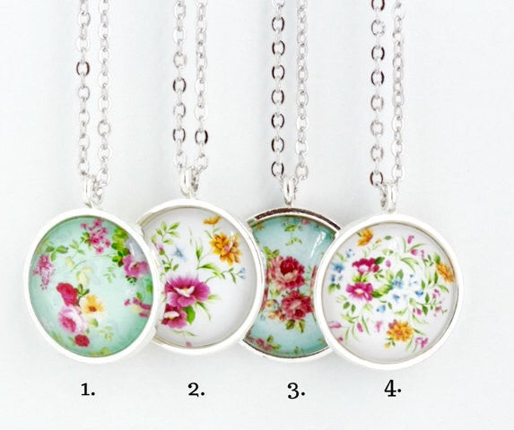 Sweet Floral Necklace - Jacaranda