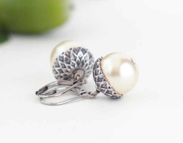 Acorn Jewelry Gift Set - Pale Gold Pearls / Antique Silver Brass - Jacaranda