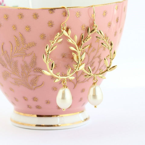 Gold Laurel Pearl Earrings - Jacaranda