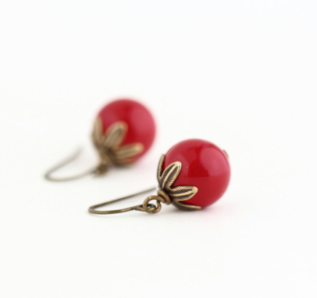Red Beaded Earrings With Brass Detail - Jacaranda