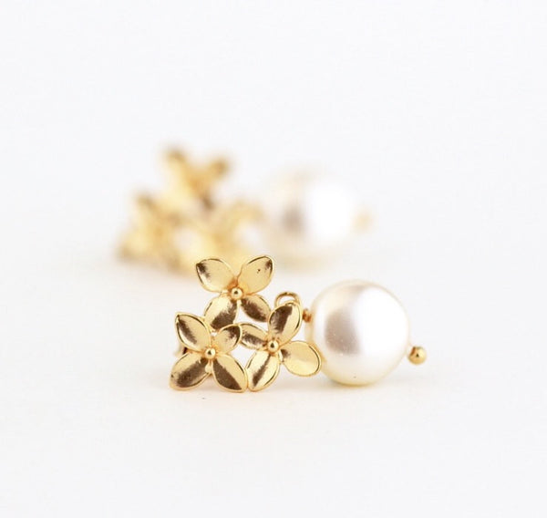 Gold Pearl Earrings - Ivory Pearl - Gold Hydrangea Floral Earrings - Bridal Earrings - Wedding Jewelry - Gold Flower Earrings - Jacaranda