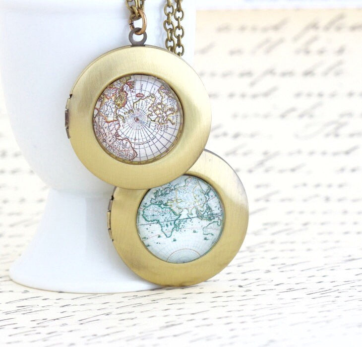 World Map Locket Necklace - Wanderlust Locket - Brass Locket - Vintage Map Locket - Gift Explorer - Map Necklace - Traveler Gift - Jacaranda