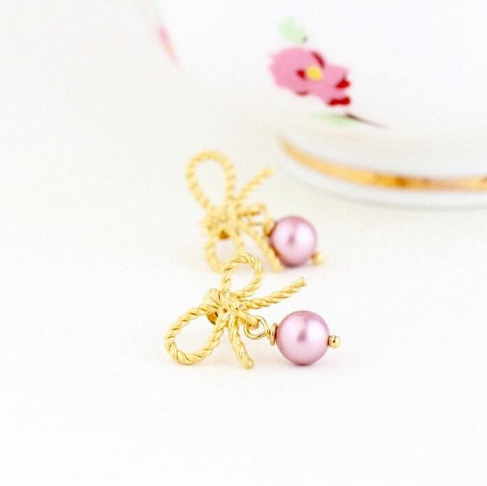 Rose Pink Pearl Earrings - Jacaranda
