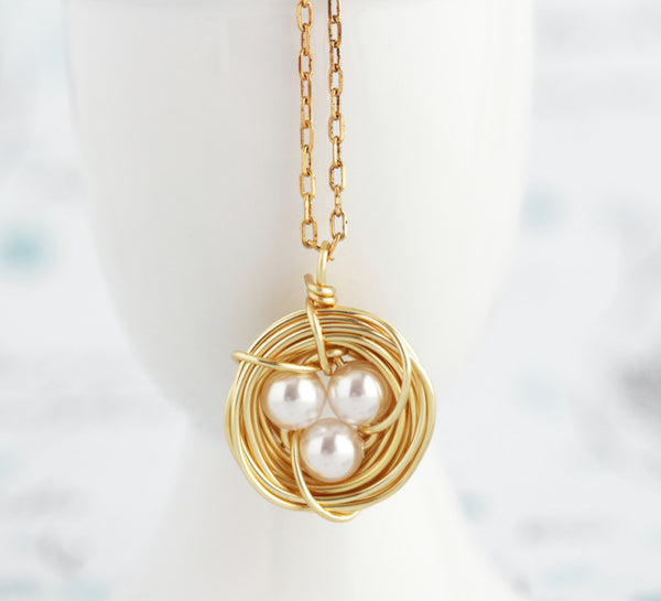 Pearl Bird Nest Necklace - Gold - Jacaranda