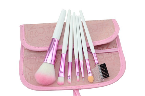 7 Piece Soft Pink Brush Set