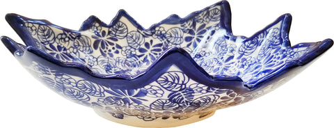 Boleslawiec Polish Pottery UNIKAT Serving Bowl in leaf shape