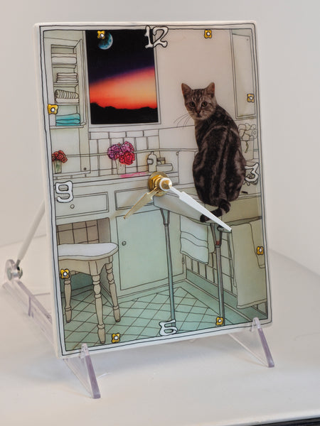 Cattitude, Collage Clock
