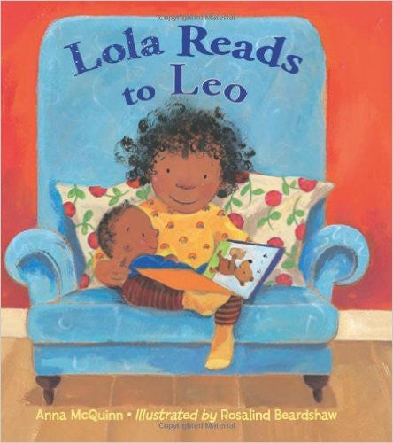 Lola Reads to Leo (Spanish and English) - EyeSeeMe African American Children's Bookstore  - 1
