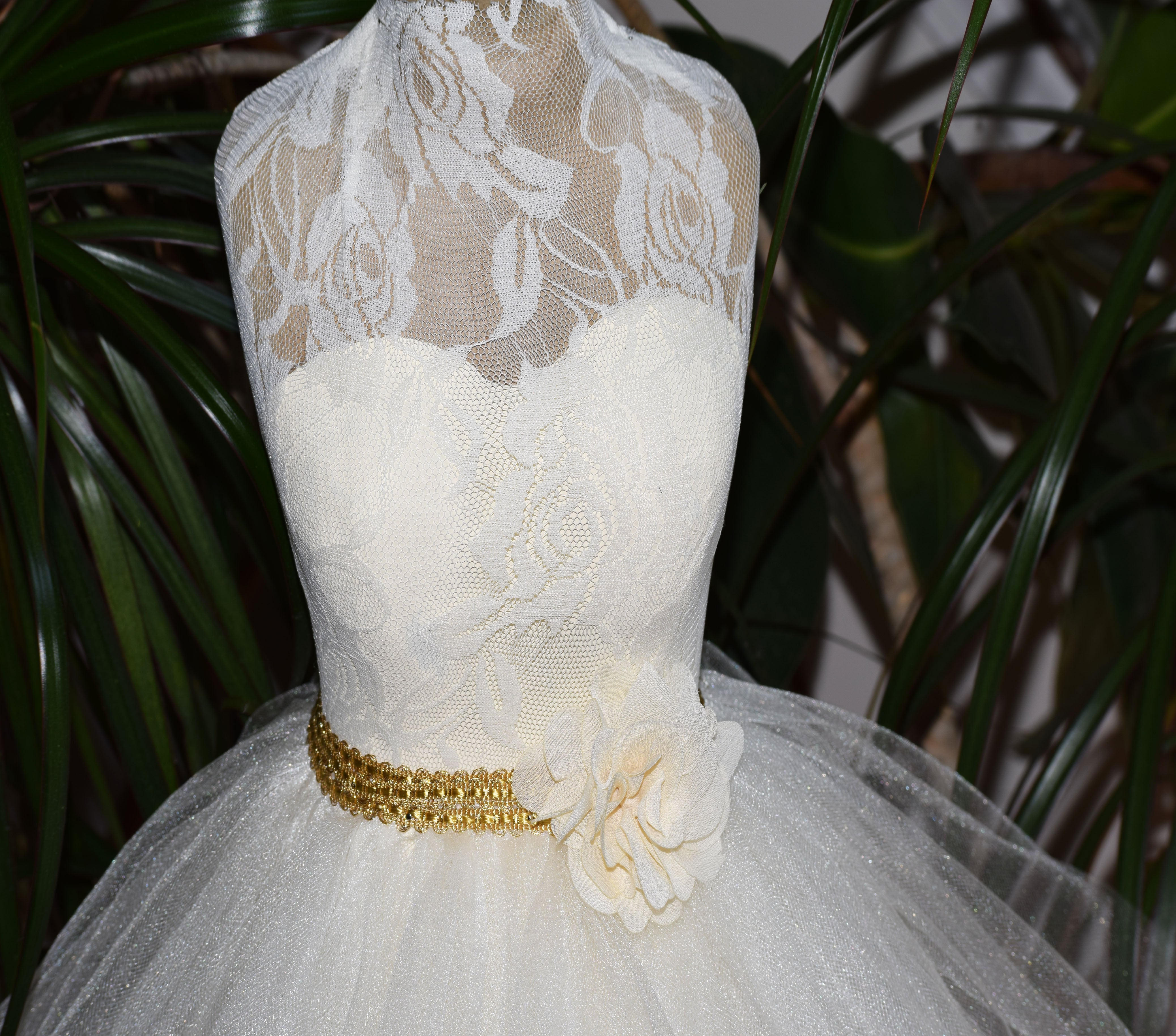 Lace Top with Full Skirt Wedding Dress Centerpiece