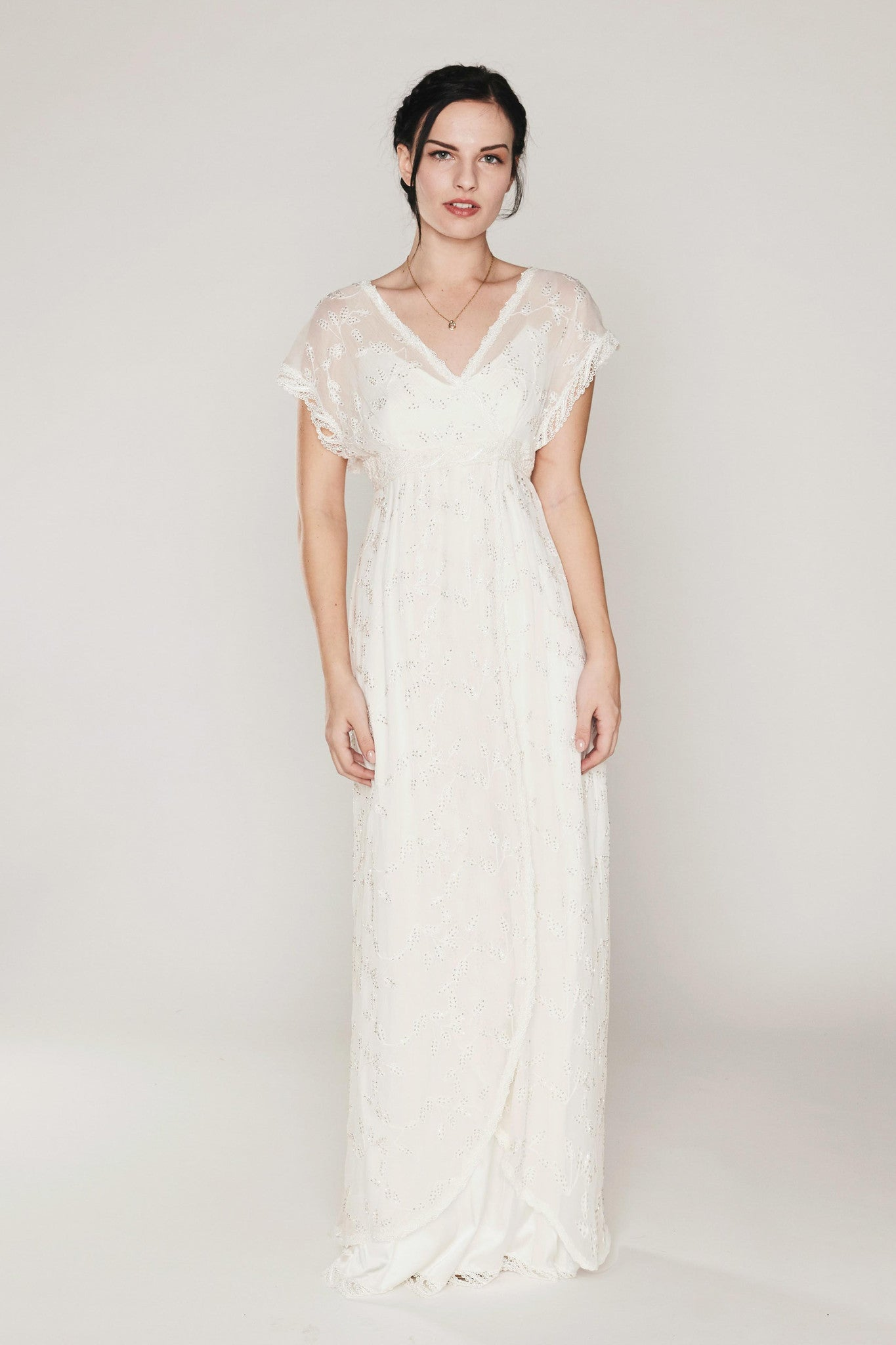 Martin Mccrea Couture ΀� Wedding Dresses: Natural Colored Wedding Dress At Websimilar.org
