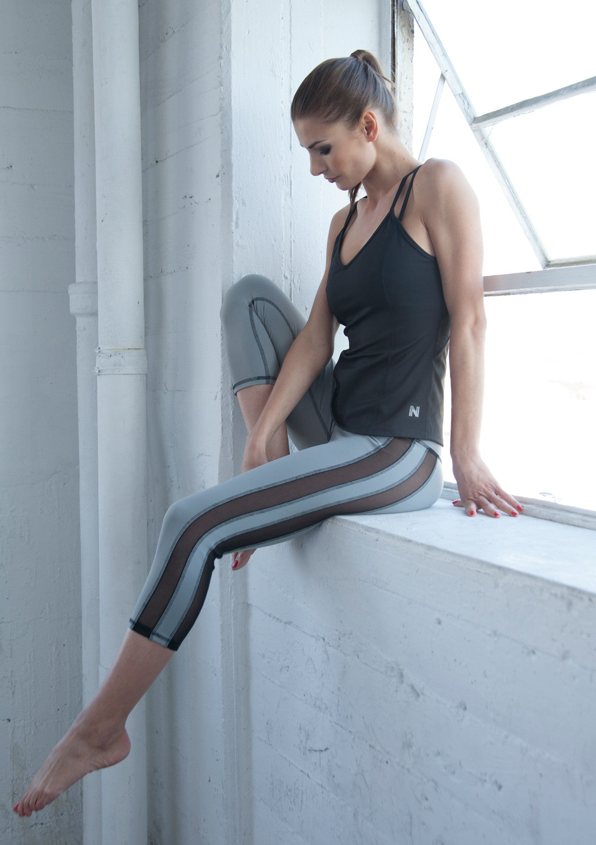 womens gray compression leggings