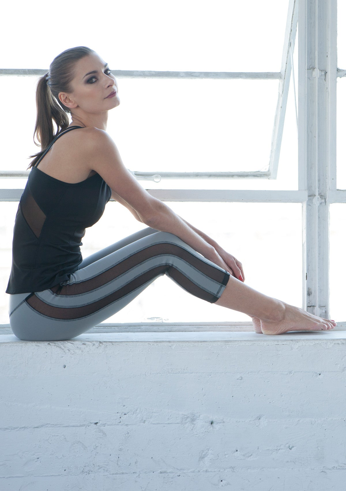 gray workout yoga pants