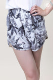 Banding Waist Forest Shorts