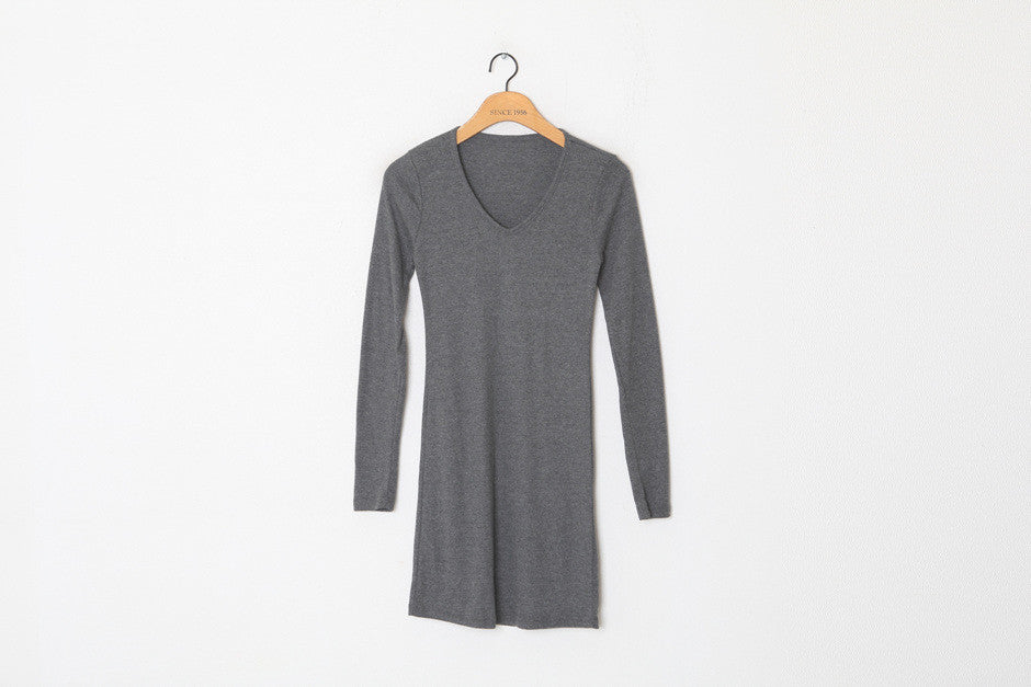 Basic V-neck T-shirt dress