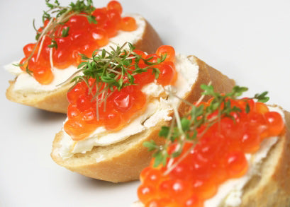 Canapé with salmon caviar
