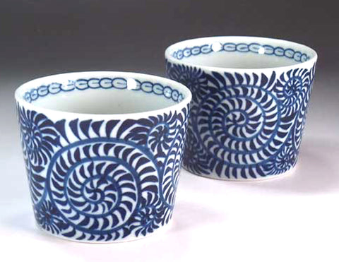 Fujii Kinsai Arita Japan - Kosometsuke Tako Karakusa  Japanese Teacup (Yunomi) One pair set - Free shipping