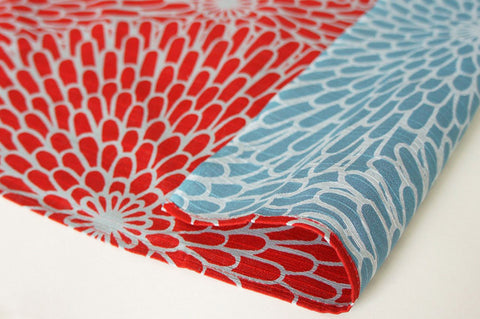 Isamonyou -  Double-Sided Dyeing Kiku (Chrysanthemum) Red/Light Blue - Furoshiki (Japanese Wrapping Cloth)