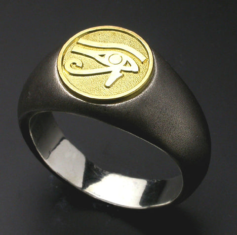 Saito - Egyptian motif   EYE OF Horus - Restoration and Healing 18Kt emblem Amulet Silver Ring - Free Shipping