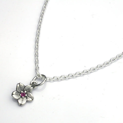 Saito - Sakura Silver Pendant top (Silver 925) with 3.1 mm Natural Ruby - Large with 50 cm silver chain