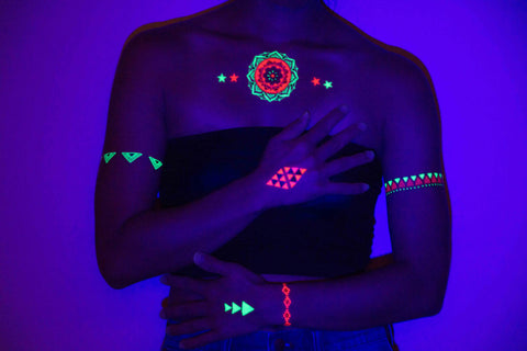 glow-in-the-dark-tattoos-uv-blacklight-1