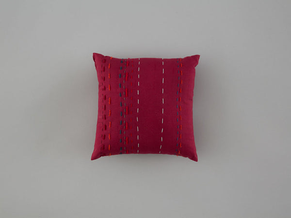 mini-cushion2-front-25x25-skinnywolf-120