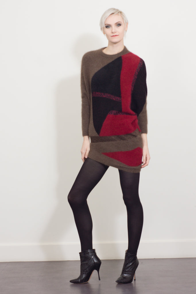 Asymmetric long sleeve tunic