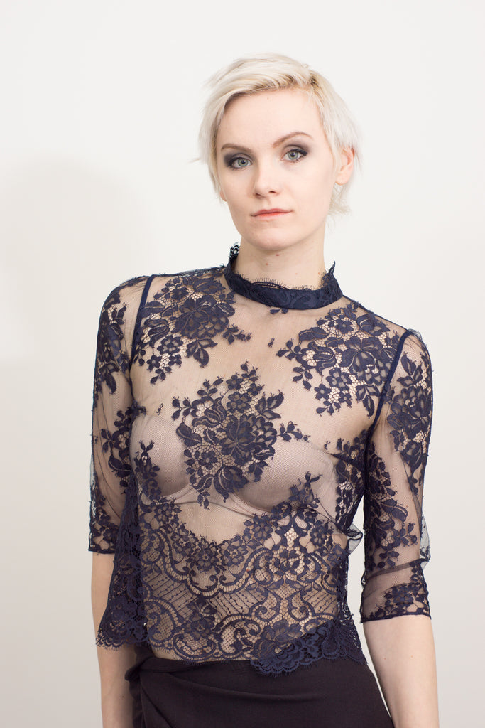 leaver lace half sleeve top