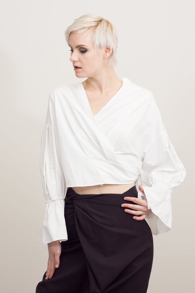 Volume sleeve cache-coeur top