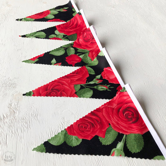 Red Rose Bunting