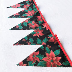 Black & Red Poinsettia Bunting