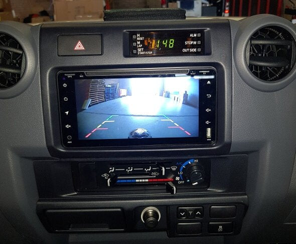 "Polaris 7"" Toyota LUXX in-Dash Package"