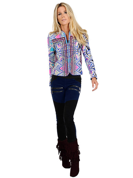 Soft and structured woven jacket with zipper at the front and decorative trims on the sides and at the front of the jacket. The jacket is framed with an electric blue piping around sleeves, neckline and zipper at the front.